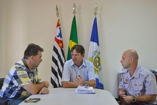Reunião no gabinete do prefeito