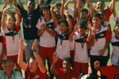 Equipes campeãs na Copa Amparo