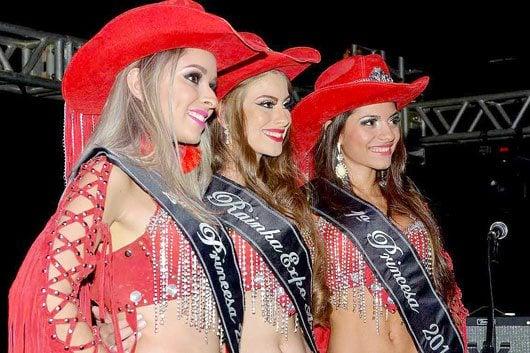 Bianca da Cruz Andrade, Thaís Dummer e Malu Duarte \ Foto: William Alexandre (Billy)