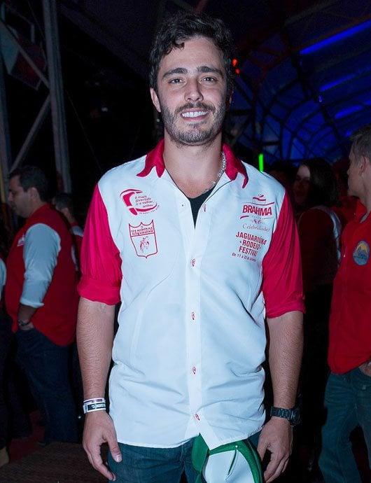 Ator global e outras celebridades estiveram no Camarote Brahma Country no festival sertanejo