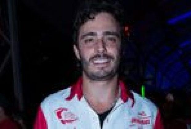 Thiago Rodrigues revela que monta em cavalos