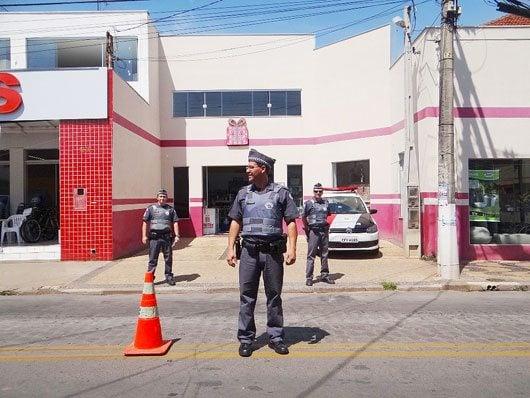 A ação aconteceu na Avenida Dr. Jorge Tibiriçá, a via de maior fluxo de veículos da cidade