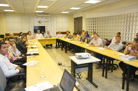 Secretário esteve em Brasília com diretores e superintendentes da ANA