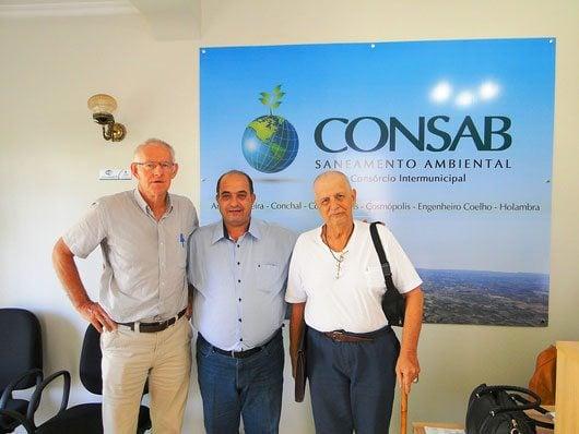 Pedro Weel, Dimas Starnini e Géza Árbocz na sede do Consab, em Cosmópolis