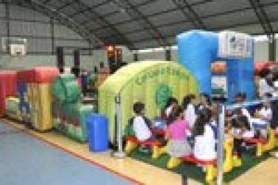 """""""Cidade Portinho Seguro"""" na Escola Adelina"""
