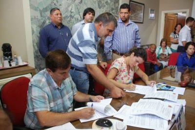 Prefeitura de Artur Nogueira regulariza mais 12 loteamentos ilegais
