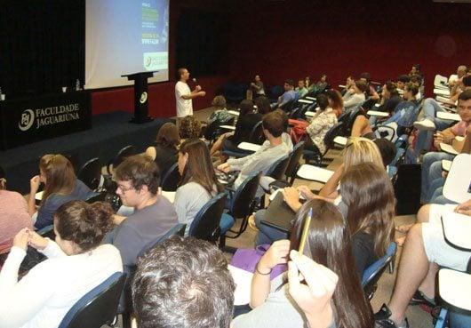 Aula Magna do Curso de Arquitetura e Urbanismo da Faculdade de Jaguariúna, ocorrida no dia 30 de março