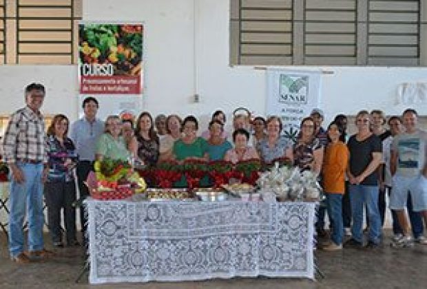 Cosmópolis realiza curso para produtores rurais