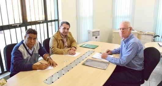 O prefeito Fernando Fiori de Godoy e o presidente da Câmara, Pedro Weel, têm cumprindo todas as terças-feiras pela manhã o compromisso de reunirem-se