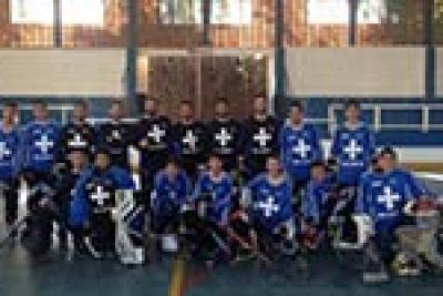Hockey de Amparo disputa competições em Campinas