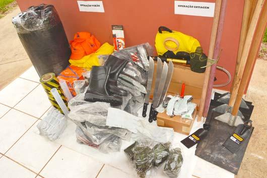 """O kit para a """"Operação Estiagem"""" se destina ao combate a incêndio florestal"""
