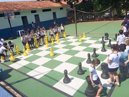 No xadrez, o objetivo foi de apresentá-lo como condição da prática como esporte coletivo