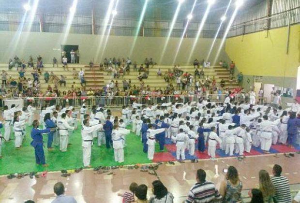 Escolinha de Judô realiza o 2ª Bonenkai