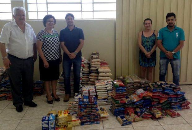 FEAG recebe 800 quilos de alimentos arrecadados durante a Roseira Race