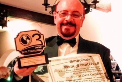 Poeta amparense recebeu prêmio e menção honrosa em Blumenau