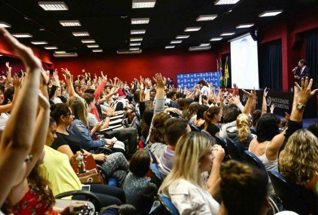 500 alunos da FAJ são voluntários do projeto de Marcio Atalla