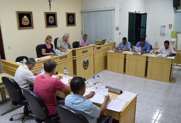 Holambra: sessão teve aprovação de projetos e opiniões sobre processo de impeachment