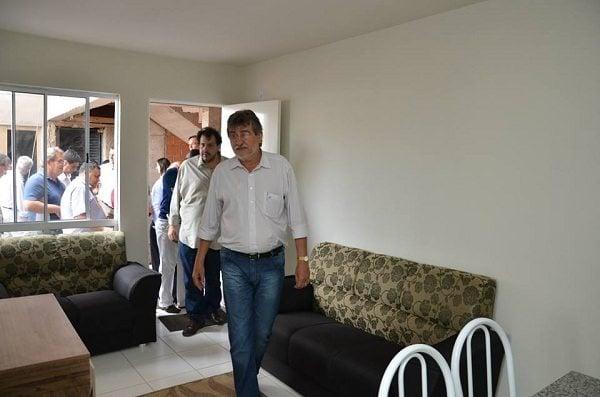 Prefeito-Paganini-visitou-apartamento-decorado-no-Morada-Nova-Divulgação