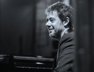 Tony Berchmans, é autor do livro A Música do Filme, compositor e produtor musical.