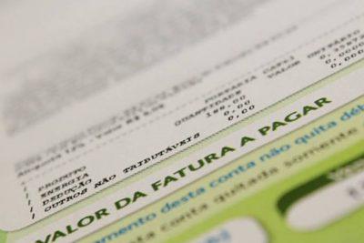 Bandeira tarifária das contas de luz continua verde em maio