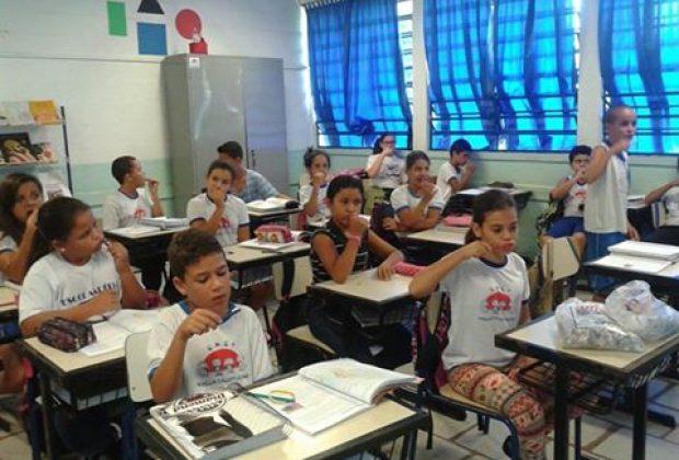EMEIs e EMEFs recebem campanha de saúde bucal