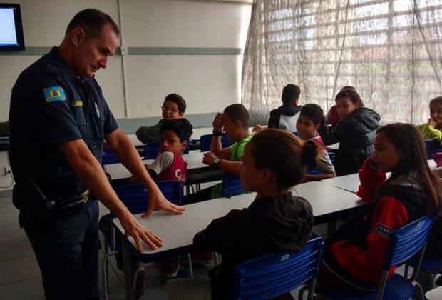 Artur Nogueira: alunos assistem palestra de prevenção às drogas