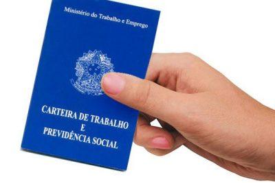 Brasil fecha 118.776 postos de trabalho em março, diz Caged