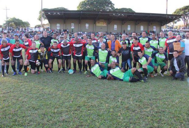 Público nogueirense prestigia astros do futebol no Jogo das Estrelas