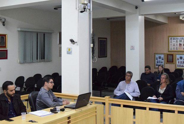 Câmara recebe audiência pública da LDO 2017