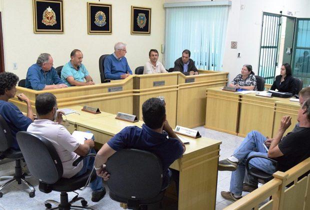 CMDR discute Projeto Nascentes de Holambra em reunião na Câmara