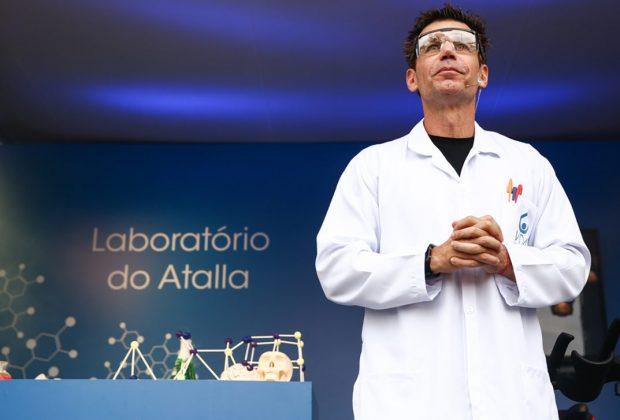 Marcio Atalla desvenda mitos da atividade física em laboratório no parque