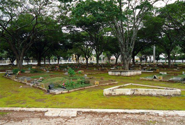 Secretaria vai fazer exumações para desocupar sepulturas comuns provisórias