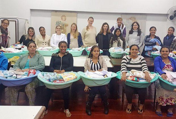 Curso de Gestantes conclui formação de nova turma com 27 mulheres em Holambra