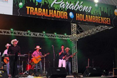 Festa homenageia trabalhador holambrense com shows e sorteio de prêmios