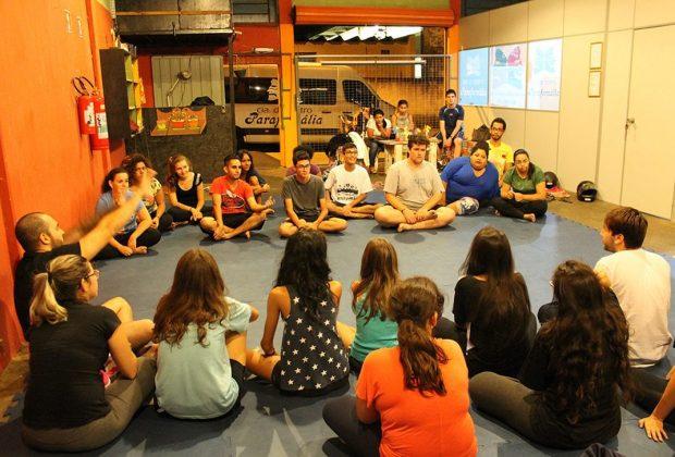 """Cia de Teatro Parafernália recebe inscrições para o curso de """"Teatro Prático"""" até dia 30"""
