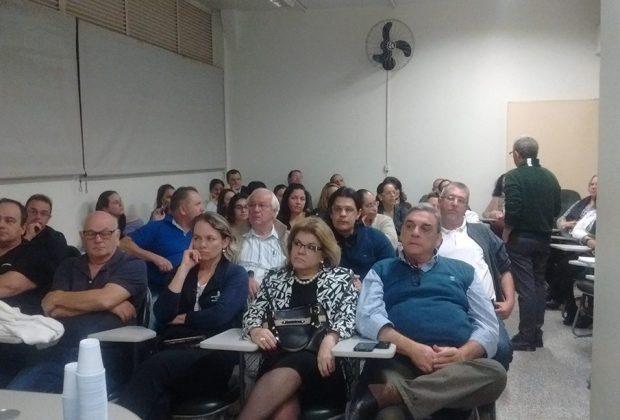 Médicos de Itapira participam de capacitação com o CREMESP