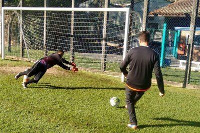Escolinha de futebol começa a funcionar no distrito de Arcadas