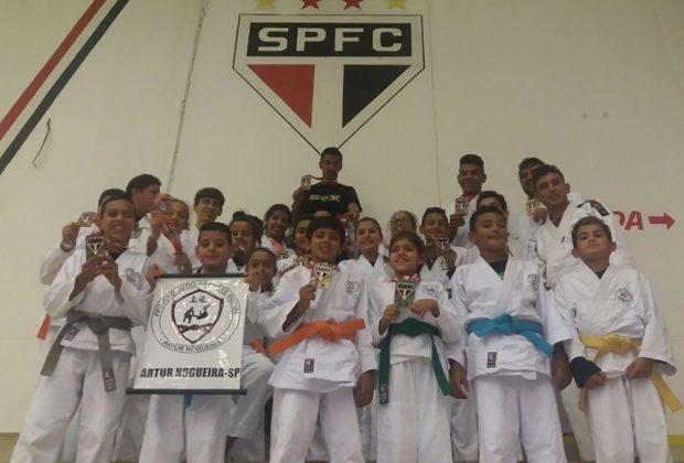 Judô nogueirense conquista 16 medalhas no Torneio SPFC 2016