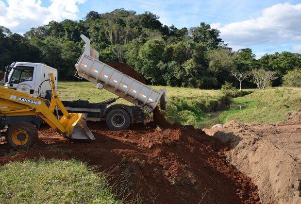Iniciadas obras para a instalação de ponte metálica que dá acesso à Fazenda Nova América