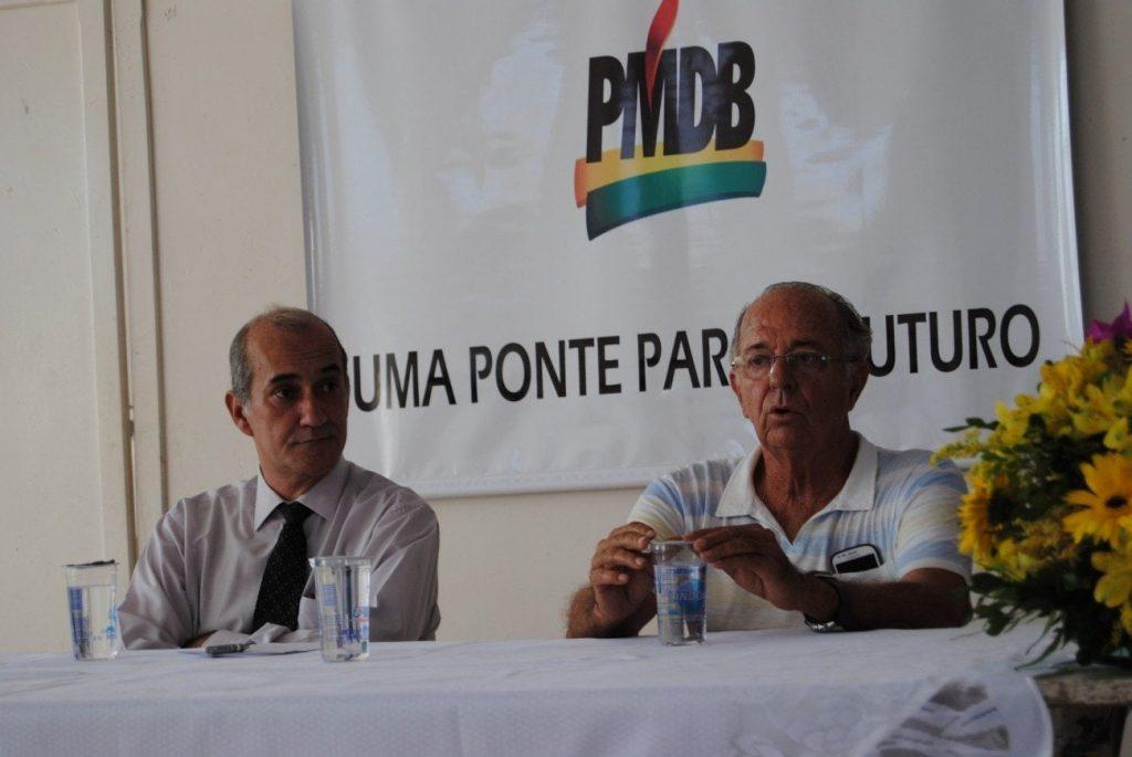 As denúncias foram apresentadas pelo ex-presidente do PMDB local, Modesto José da Costa Junior [à esquerda na foto]
