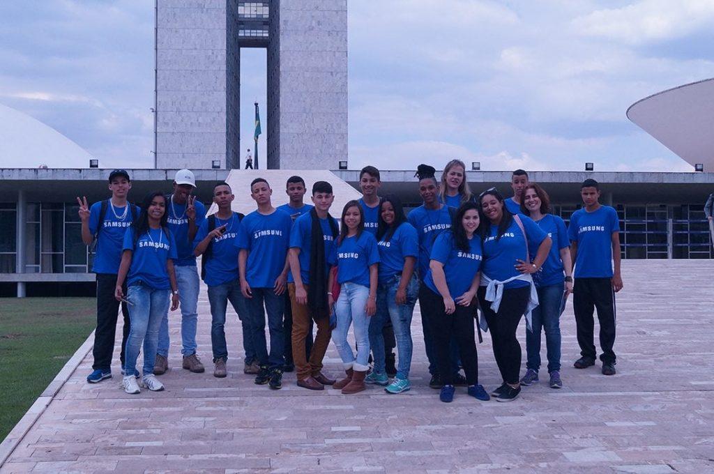 15 adolescentes tiveram a oportunidade de conhecer de perto o Distrito Federal