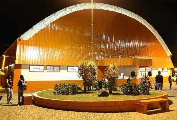 Reinauguração do Ginásio Municipal em Holambra