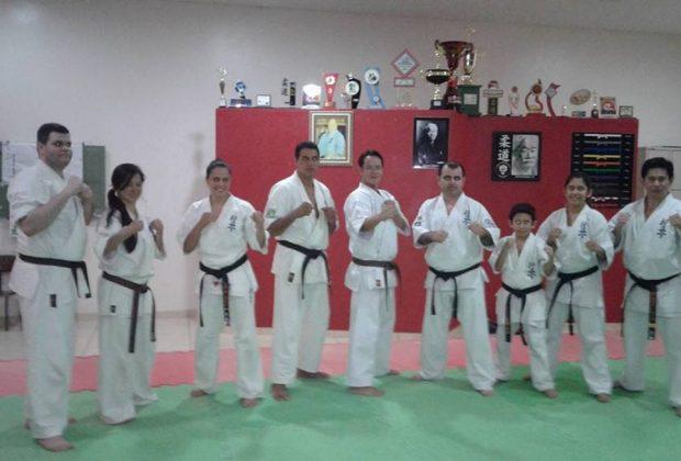Artur Nogueira recebe 13º Campeonato Brasileiro de Karatê Kyokushinkaika