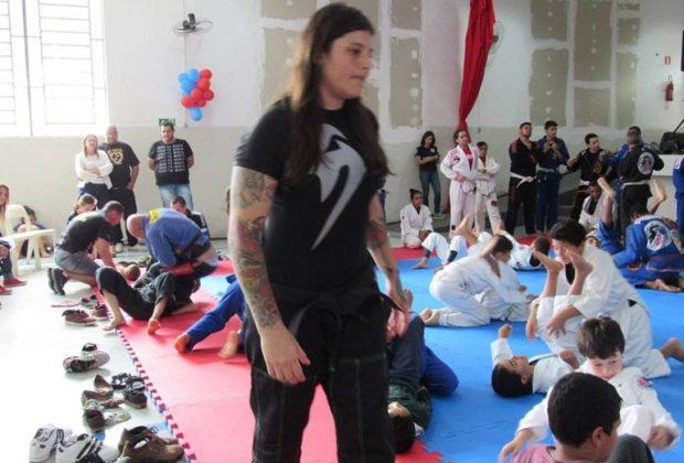 Seminário com Talita Treta reúne Academias de Jiu-Jitsu de várias cidades da região