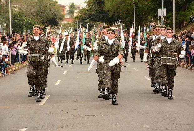 Mogi Guaçu teve desfile cívico na manhã do dia 7