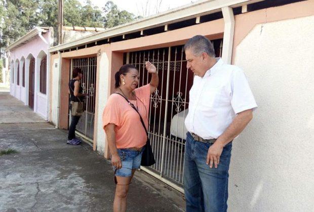 Marcos Antonio faz campanha na região norte da cidade