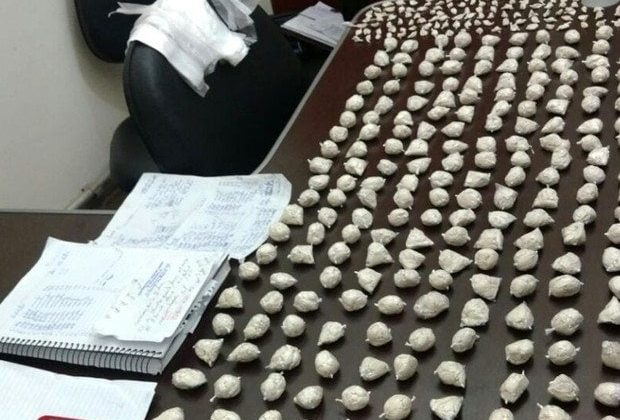 Polícia encontra 3 mil papelotes de cocaína em Artur Nogueira
