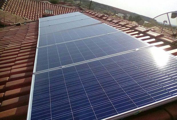 AZ BUSINESS implanta sistema de placas solares em Mogi Guaçu