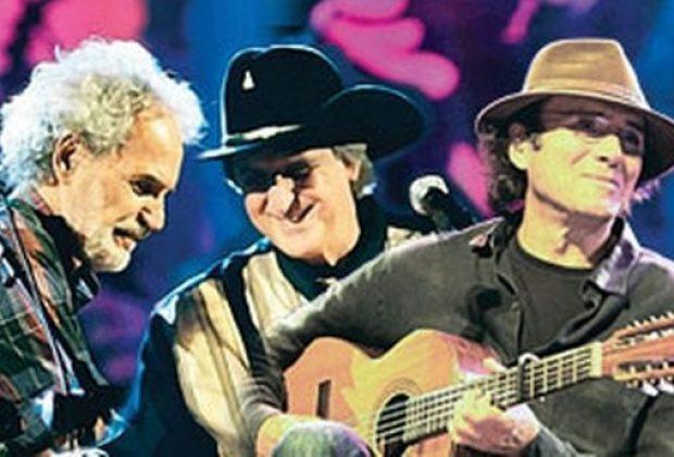 Almir Sater, Renato Teixeira e Sérgio Reis juntos no palco da Red Eventos