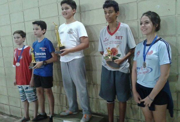 Mesa Tenistas conquistam medalhas em Mogi Guaçu